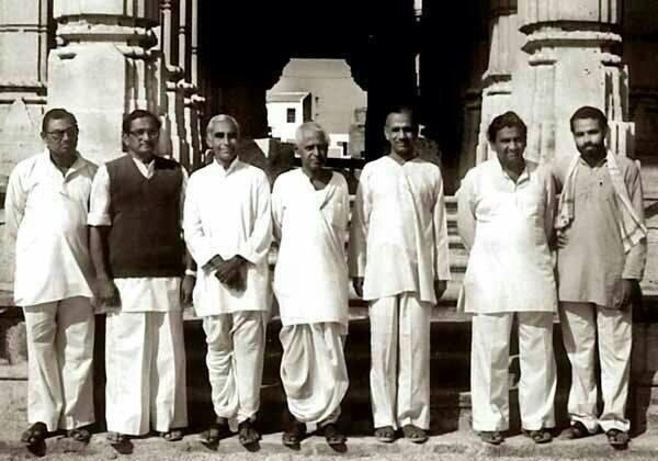 Modi-Rare-Picture1